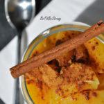 Kokosowy pudding z tapioki i mango posypany cynamonem