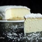 Sernik z jogurtów greckich pod kokosową pierzynką